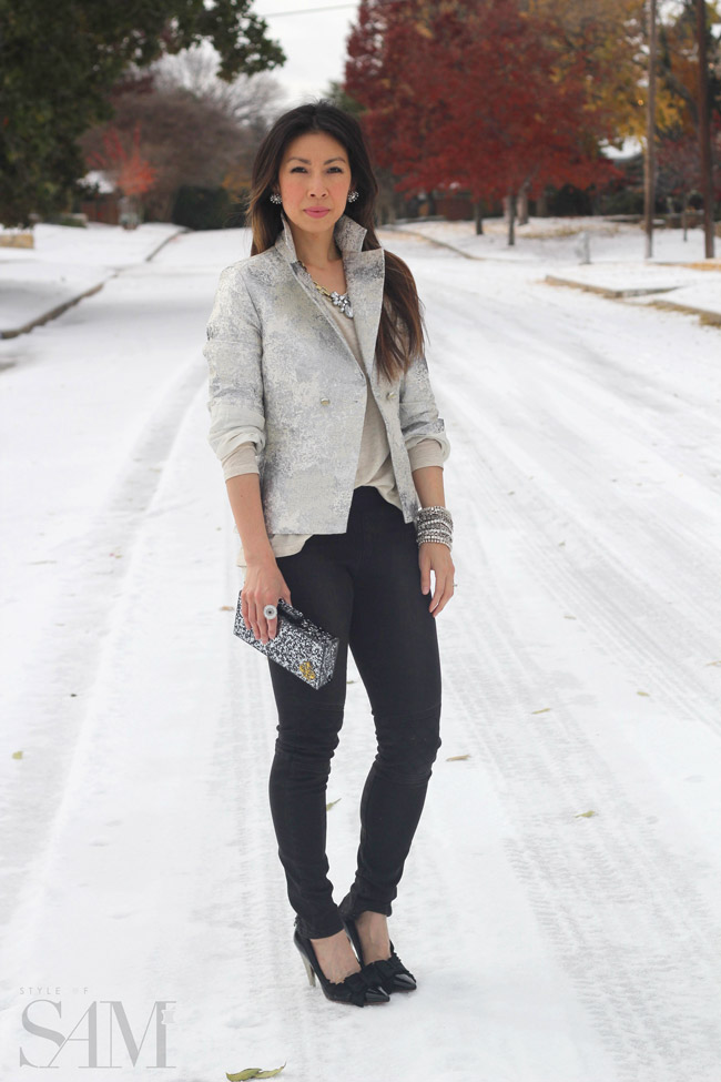 style of sam, CAbi chalet jacket, slouch tee, moto jegging, holiday outfit, gold and silver outfit