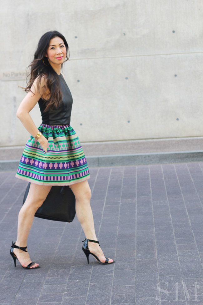 style of sam, msgm aztec skirt, rsthecon outfit, alice and olivia black leather crop top, how to wear a crop top
