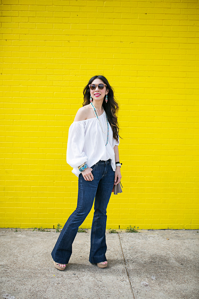 style of sam, how to wear flare jeans casually, kendra scott junior league fort worth rodeo earrings 2015, sophie harper necklace giveaway