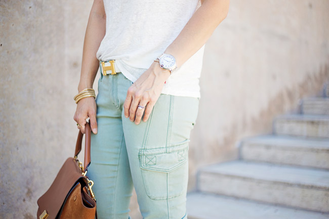 how to wear cargo pants, CAbi Celadon Cargo pant, hermes belt, Celine trapeze bag, how to wear a linen tee, summer outfit idea