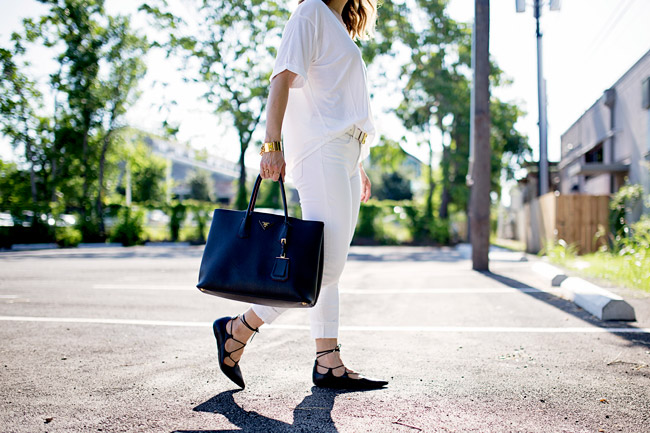 how to wear white jeans, lace up flats, white after labor day