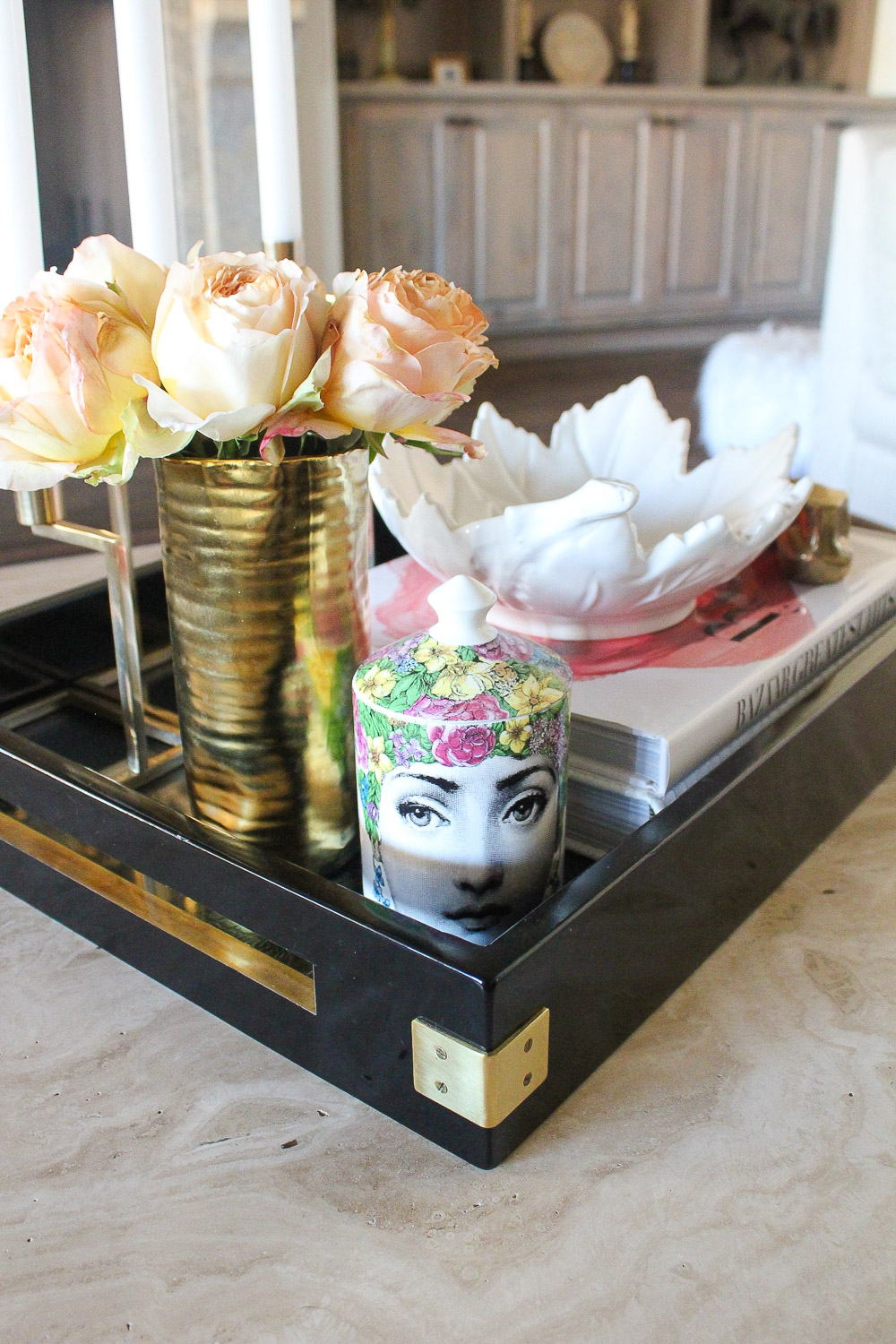 modern glam zen living room, coffee table tray idea, fornesetti candle