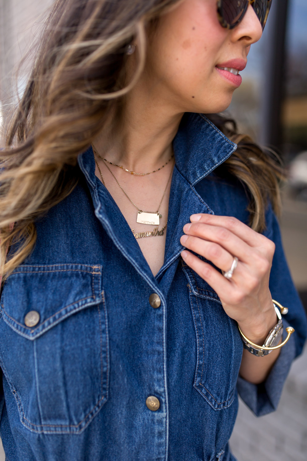 how to wear a denim jumpsuit, how to layer delicate necklaces