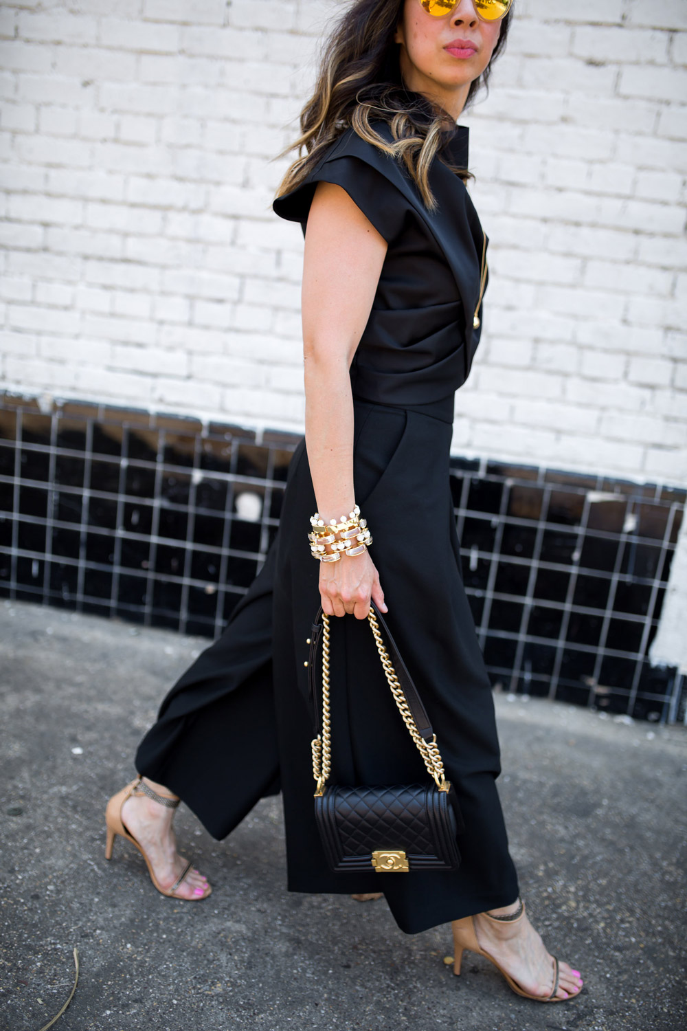 minimal and black outfit, chanel boy bag