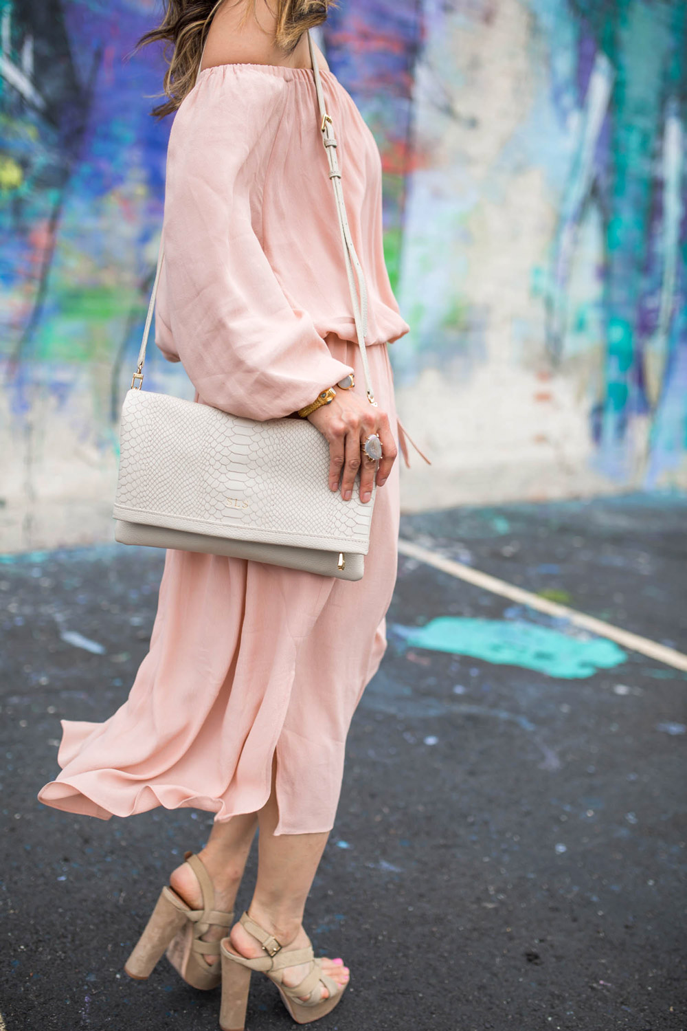 gigi ny carly clutch in bone, whowhatwear x target blush pink off the shoulder dress