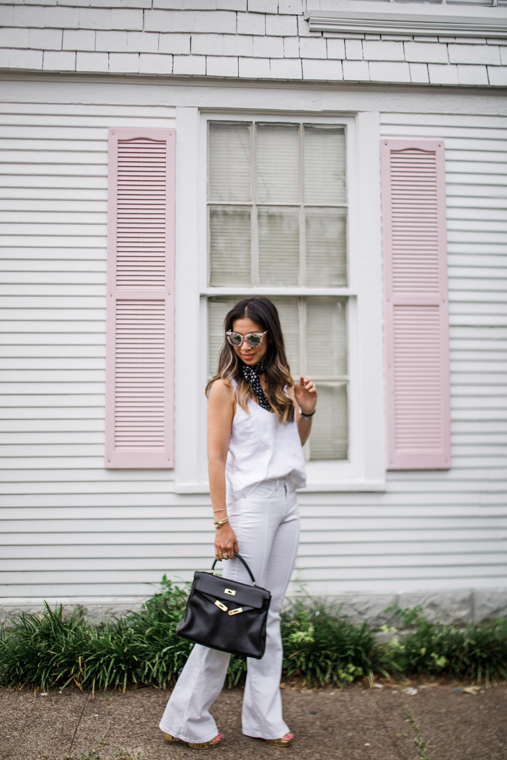 all white outfit, neck scarf trend