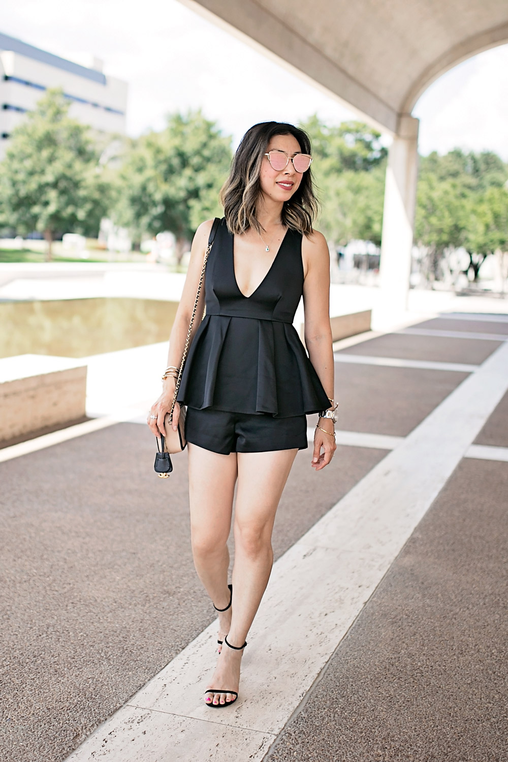 date night romper outfit, effy jewelry emerald necklace