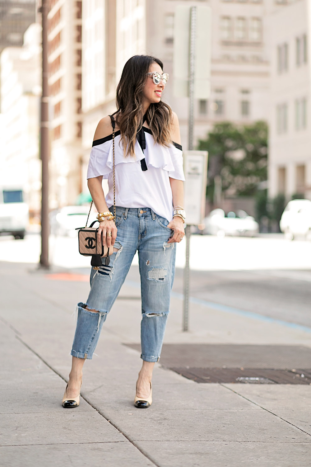 ruffle cold shoulder top, boyfriend jeans, chanel vanity bag 2016, vintage chanel slingbacks