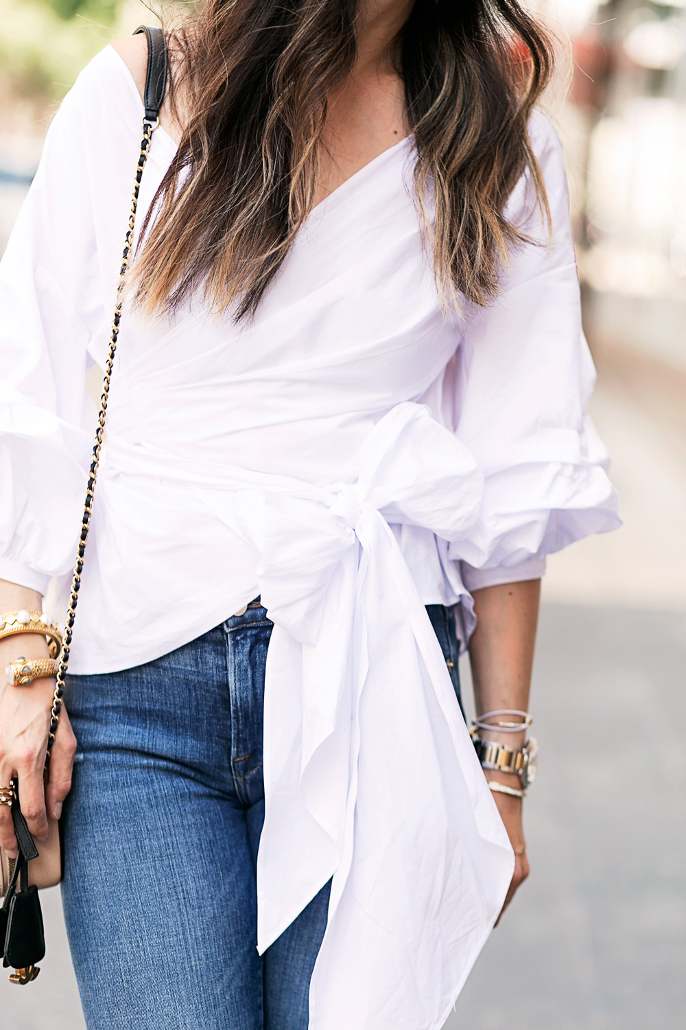 statement sleeve top with bow