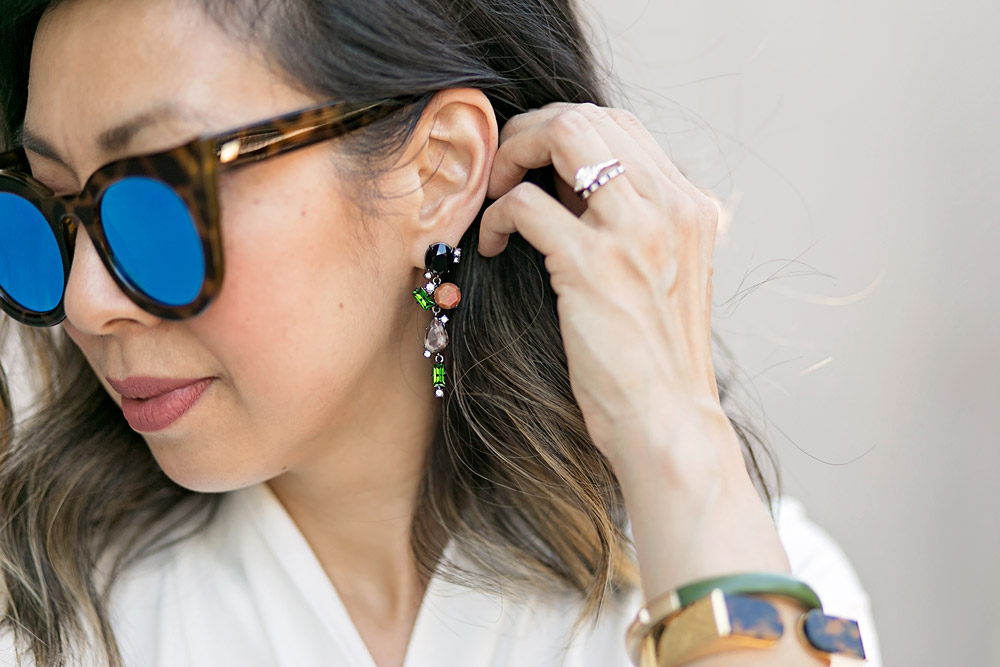 cabi-rockstar-earrings and le specs flashy sunglasses