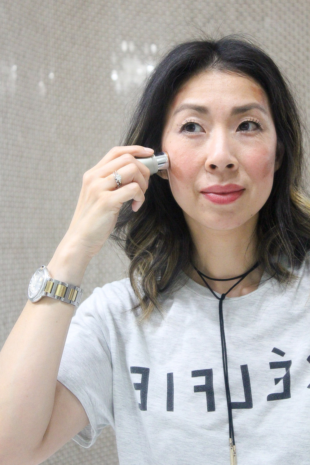 easy contouring with ILIA iluminators