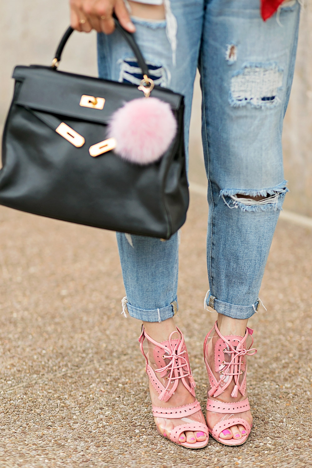 boyfriend jeans with black hermes kelly bag and oscar de la renta pink oxford heels