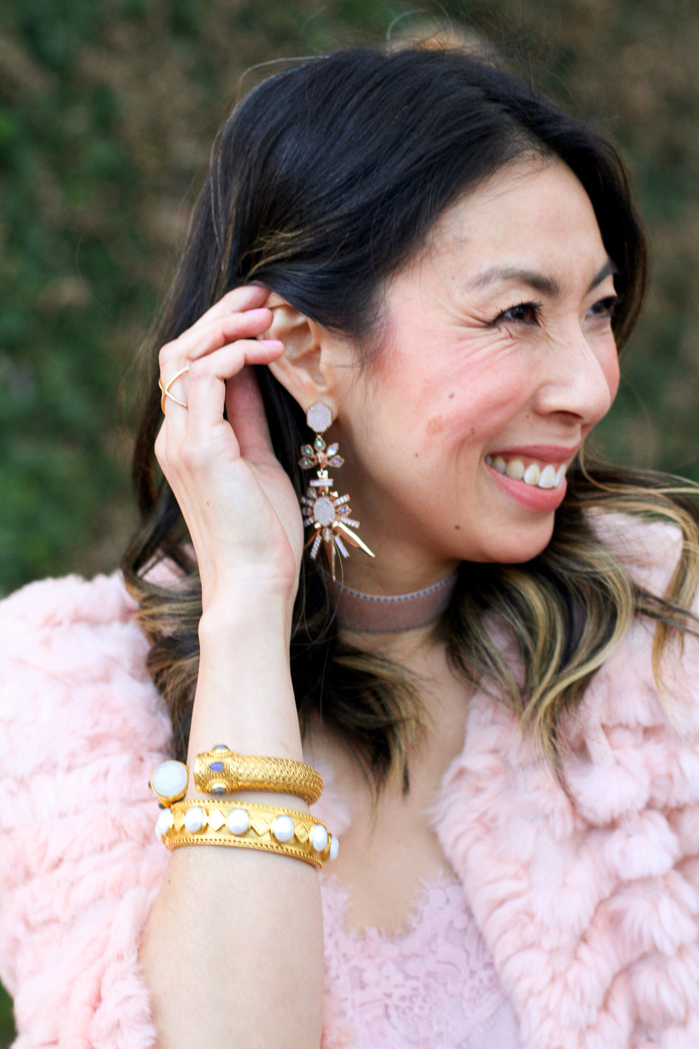 kendra scott isadora earrings, julie vos rose pink bag