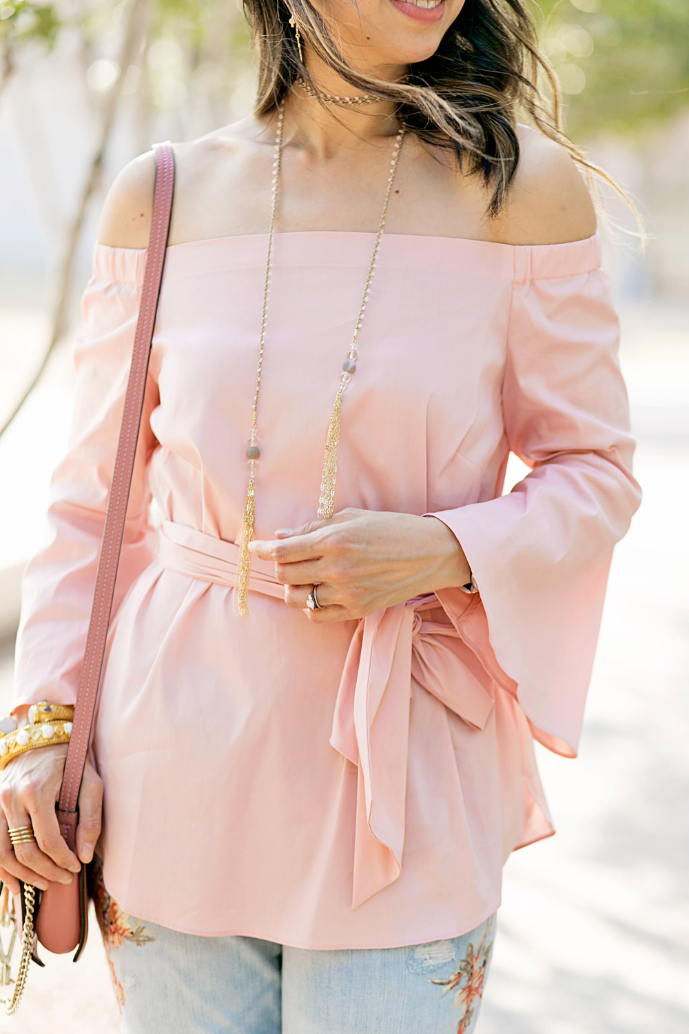 whbm pink off the shoulder top and capwell co flowerchild lariat choker with rose pink chloe faye bag