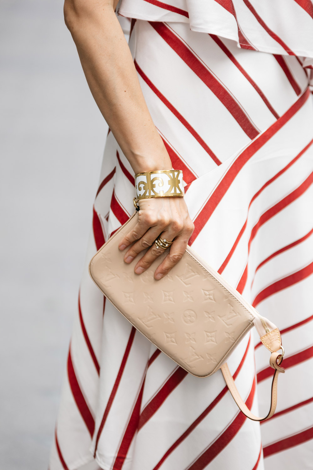 banana republic striped layered one-shoulder dress louis vuitton vernis pochette hermes bangle