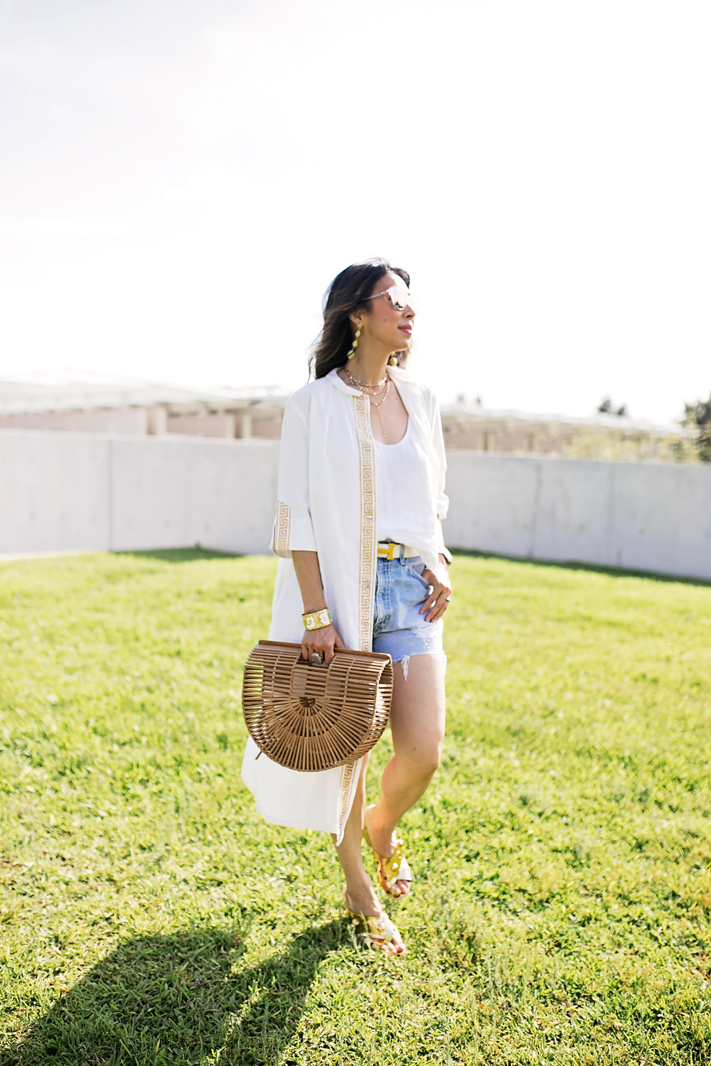 greek key coverup bamboo arc bag vintage levi's denim shorts baublebar gold crispin drop earrings