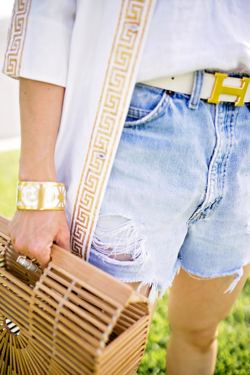 gold white greek key coverup bamboo arc bag vintage levi's denim shorts hermes balcones bangle