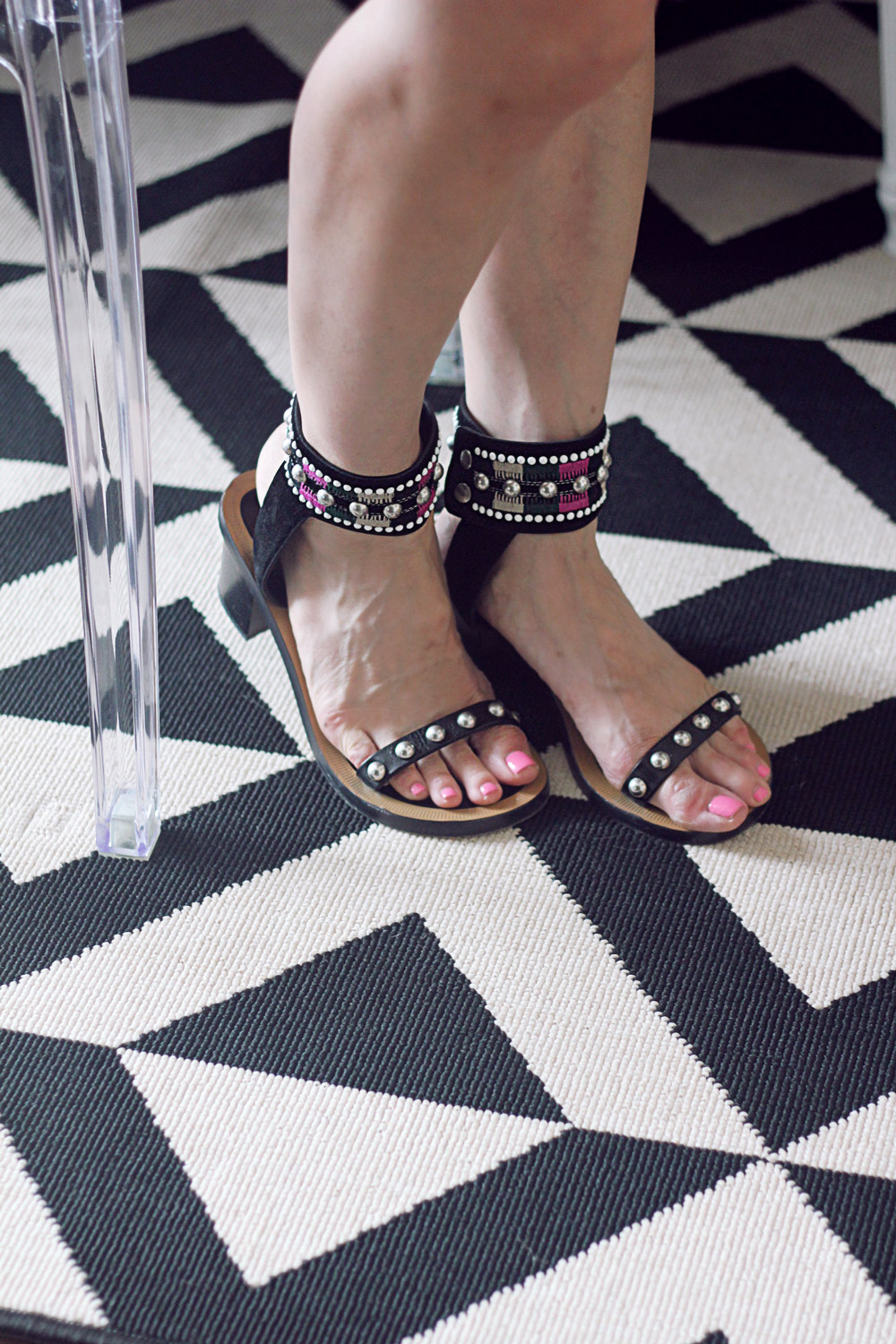 isabel marant joss sandals black and white graphic rug