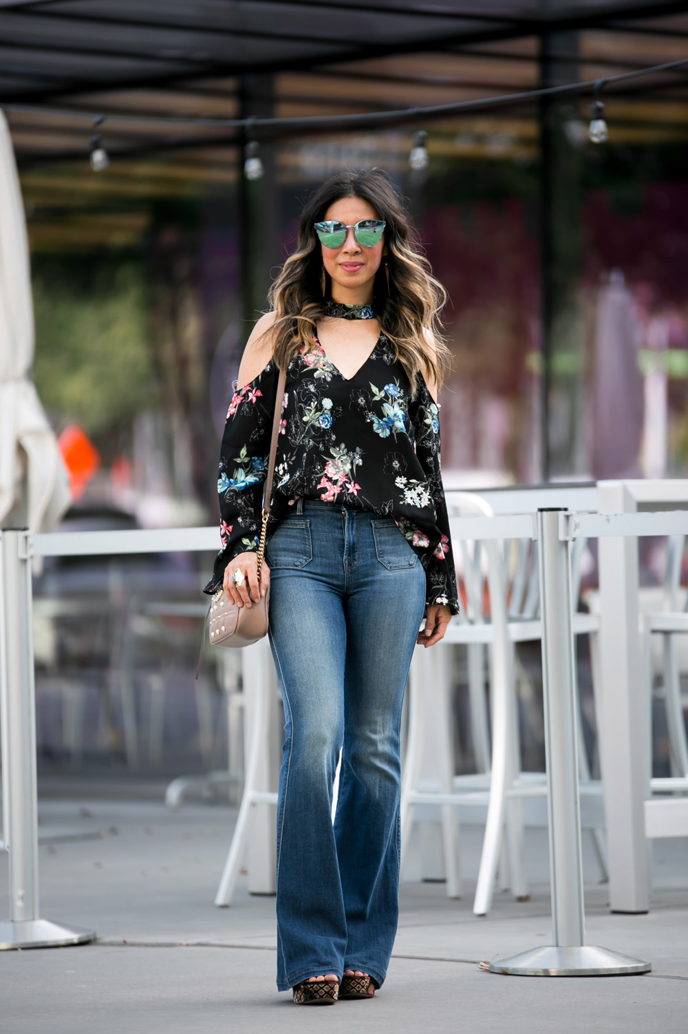 cold shoulder bell sleeve dark floral top j brand flare jeans gucci pearl marmont bag