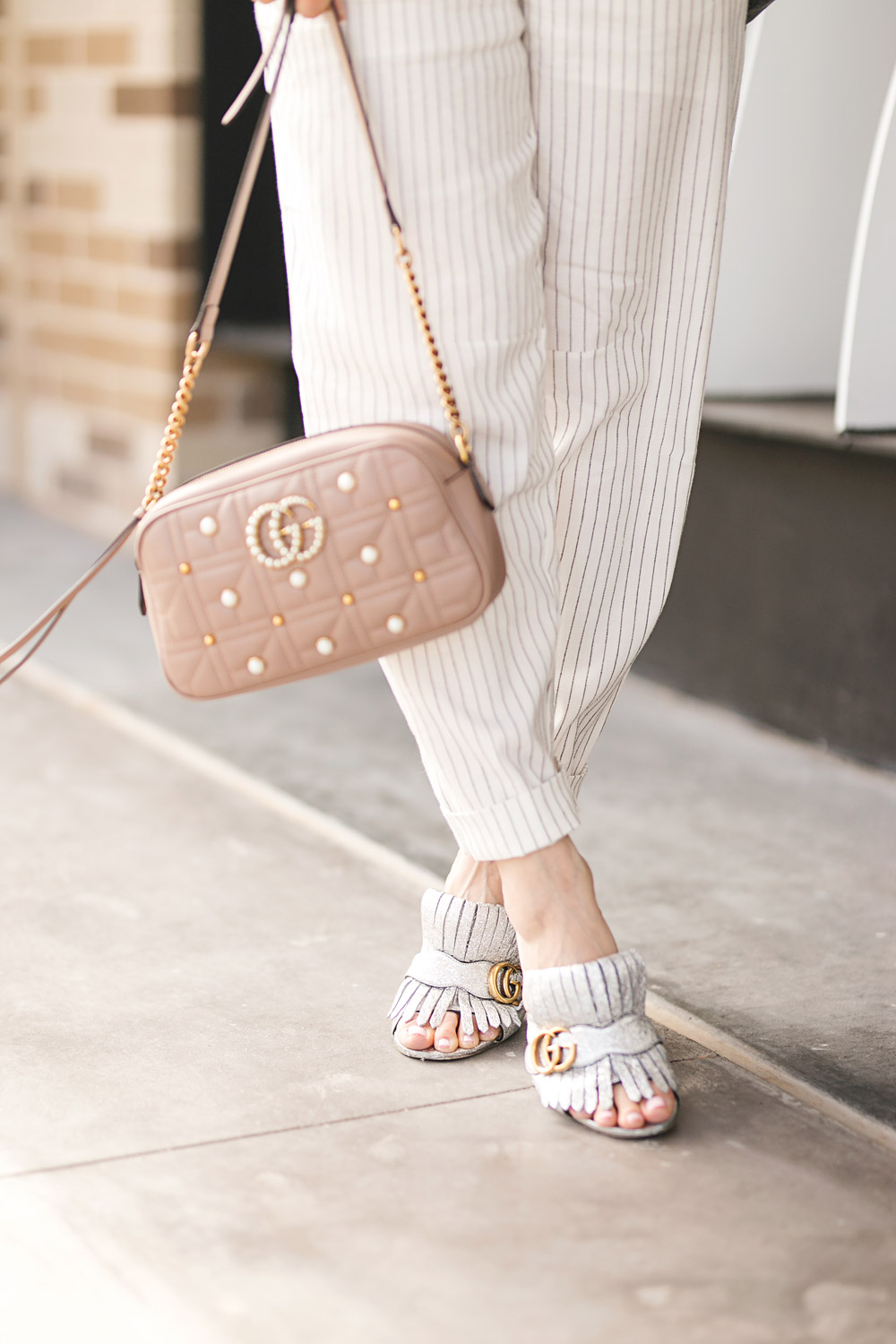 d4659e796f12 fort-worth-blogger-with-gucci-marmont-pearl-camera-bag2 - Style of ...